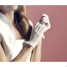 @WomenWantsNL #accessoires #trouwen #korte #handschoenen #parels #vintage