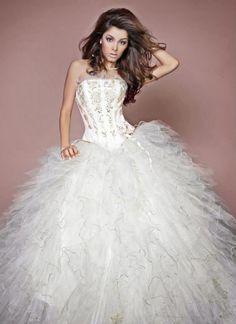 Lindos vestidos de 15 años estilo princesa | Moda 2015