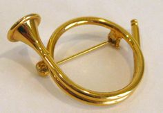 $32 Vintage 50s 60s Gold Christmas French Horn by SanDiegoJewelryShop