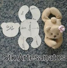 Best Sewing Diy Stuffed Animals Toys 43 Ideas – Vzory na šití Doll Crafts, Baby Crafts, Sewing Crafts, Sewing Projects, Sewing Diy, Fabric Sewing, Art Projects, Sewing Ideas, Sewing Stuffed Animals