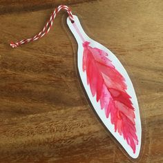 Items similar to Pink and Red Watercolor Feather Bookmark on Etsy Watercolor Feather, Trending Outfits, Scissors, Crochet, Drawings, Unique Jewelry, Bookmarks, Handmade Gifts, Tin