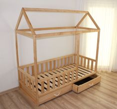 Toddler bed from birch nursery crib children bed Montessori Nursery Crib, Wood Beds, Kids Room Design, Big Girl Rooms, Crib Mattress, House Beds, Kids House, Kids Bedroom, Cribs