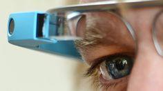 Auch Googles vielkritisierte Datenbrille legt neue Ebenen über die sichtbare Welt