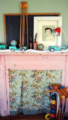 I love the playfulness and color. #mantle #pink