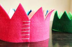 Cómo hacer una divertida corona infantil con fieltro  #diy #handmade #fiestasinfantiles