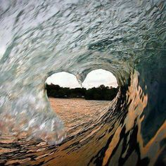 Amazing water wave of love