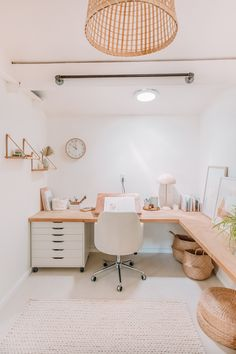 Home Office Space, Home Office Design, Home Office Decor, Diy Home Decor, Study Room Decor, Room Ideas Bedroom, Diy Bedroom Decor, Room Inspiration, Workspace Inspiration