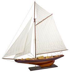 J-Class Pond Yacht