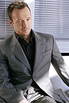 Donnie Wahlberg... Looking very dashing and debonair
