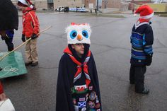 The end of the Santa Claus parade! Cub Scouts, Cubs, Santa, Boy Scouting, Tiger Cubs, Puppys, Baby Animals, Chicken
