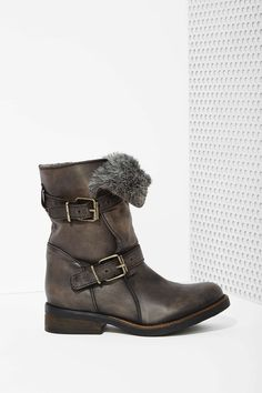 Steven Madden Caveat Leather Boot