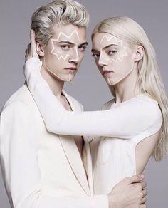 Couple Posing, Couple Shoot, Wattpad, Siblings, Twins, Pyper America Smith, Apollo And Artemis, Lucky Blue Smith, The Secret History