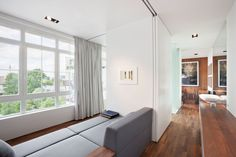 Loft-in-Berlin-With-Terrace-and-Spree-View-01.jpg (2000×1333)