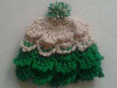 crochet new born frilly hat pattern/st.patricks day hat/cute hat pattern/new born hat pattern