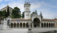 Piazza Liberta Udine - Frioul-Vénétie julienne — Wikipédia