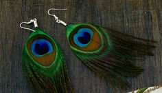 My 2 recent feather earring purchases might just be the beginning... I love these peacock ones!!