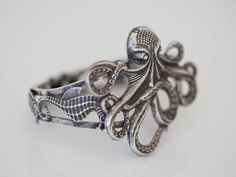 Octopus and Sea Horse Bracelet, Oxidized Silver - wow~