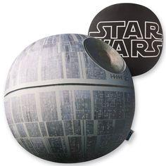 Der Star Wars Todesstern als Kuschelkissen ;-)
