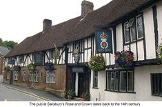 Pubs... for sure on my to do list for England :)