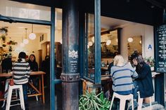 Looking to get your daily (or hourly) caffeine fix while you're out and about around New York City? These 14 coffee shops are just what you need, both coffee andaesthetics wise. Because...