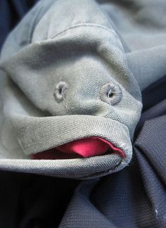 Creating fun in everyday life can make us happy. we can derive fun with the things we work with.Here is a list of some awkwardly funny faces spotted in daily life objects. Things With Faces, Fish Face, Spots On Face, Wtf Face, Strange Places, Hidden Face, Foto Art, Face Off, Human Emotions