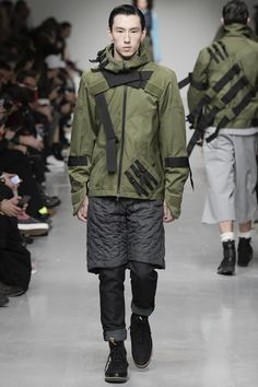 See the complete Christopher Raeburn Fall 2017 Menswear collection.