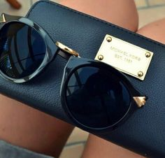 Pinterest: analis lechien☼ More Glasses Sunglasses, Fashion, Style, Accessories Th Purses, Posts, Jewelry