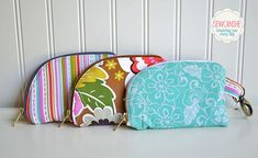 2 side zip pouch tutorial, thanks so for share xox ☆ ★   https://www.pinterest.com/peacefuldoves/