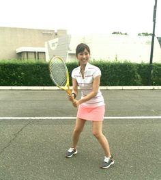 テニス | 酒井千佳オフィシャルブログ「ゆるり日和」Powered by Ameba Beautiful Chinese Women, Tennis Racket, Real Women, Asian Beauty, Bicycle, Sexy, Bike, Bicycle Kick, Bicycles
