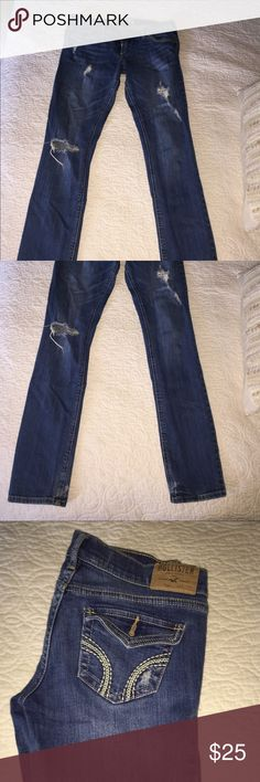 Hollister jeans Jeans are in great condition only worn a few times. Hollister Jeans Straight Leg