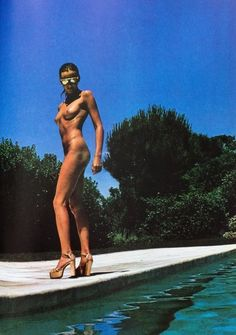 Photo by Helmut Newton.