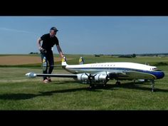3x L-1049 Lockheed RC Super Constellation Model Airplanes fly in formation