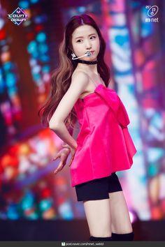 200305 IZ*ONE 'Fiesta' at M Countdown official photos. Kpop Girl Groups, Kpop Girls, Yuri, Honda, Skinny Inspiration, Eyes On Me, Japanese Girl Group, The Wiz, Celebs