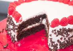 Raspberry Cannoli Cake