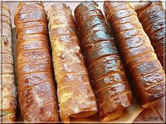 Recipes, bakery, everything related to cooking. Kurtos Kalacs, Hungarian Recipes, Sausage, Biscuits, Bakery, Sweet Treats, Food And Drink, Lime, Sweets