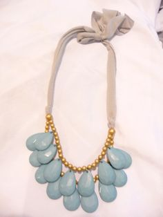 Anthropologie inspired Bib Necklace by sedroc on Etsy, $8.00... Easy DIY project