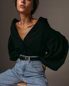 Wide sleeve shirt in black — Namelazz The Effective Pictures We Offer You About Fashion Minimalist w Look Fashion, Fashion Beauty, Autumn Fashion, Fashion Outfits, Womens Fashion, Fashion Trends, Fashion Tips, Looks Style, Looks Cool