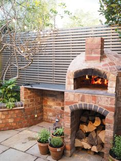 fabulous entertaining for friends - Installing a wood fired pizza oven in our garden - tips for DIY