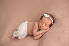 Ensaio Newborn: Thaila, 14 dias | Laura Alzueta Photo
