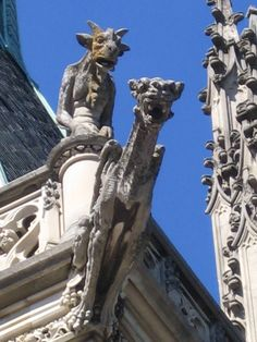 Biltmore gargoyles - too cool Gothic Architecture, Architecture Details, Gothic Gargoyles, Architectural Sculpture, Ville France, Angels And Demons, Green Man, Mythical Creatures, Creepy