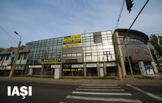 scoala de soferi iasi Atv, Basketball Court, Multi Story Building, Mtb Bike, Atvs