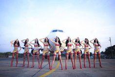 Nguyen Thi Phuong Thao, 45enne imprenditrice vietnamita, e il capitalismo in bikini della compagnia aerea VietJet Air: che Ho Chi Minh si stia rivoltando nella tomba?