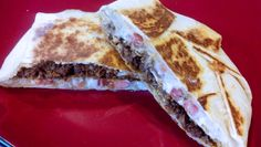 Homemade Crunchwrap Supreme Recipe – Taco Bell Inspired (Healthy and Easy Version) Mexican Dishes, Mexican Food Recipes, Beef Recipes, Cooking Recipes, Recipies, Crunchwrap Recipe, Homemade Crunchwrap Supreme, Homemade Tacos, Crunch Wrap