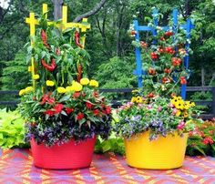 Washtub planters with wooden trellises - from Junky, Funky. Rusty and Repurposed by Sue