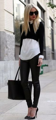 Love her outfit. My style. Short sweater, long shirt, leather tights with heels & shades & large handbag. Fashion Blogger Style, Fashion Mode, Look Fashion, Winter Fashion, Fashion Trends, Street Fashion, Office Fashion, Fashion Beauty, Looks Street Style