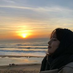 Suzy Bae (배수지) In Morocco For Vagabond 2018 Bae Suzy, Suzy Drama, Miss A Suzy, Ulzzang Korean Girl, Dream High, Big Bang Top, Photography Challenge, Poses For Photos, Sleep