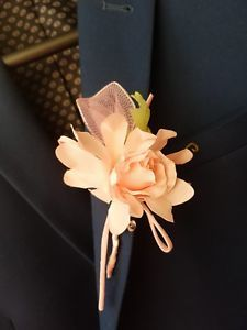 £5.99 buy it now. 2 available Soft silk blooming baby pink rose with light green leaf. Can be bought for mother's day, birthday or any other occasion. 2018 collection by Gianna Creations
