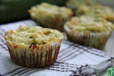 Try a keto zucchini cheese muffin for a savoury breakfast or even on the go. A great low carb and gluten free savoury muffin that is baked with coconut flour. Diabetic Breakfast, Savory Breakfast, Low Carb Breakfast, Breakfast For Kids, Cream Cheese Cookies, Cheese Muffins, Low Carb Bread, Keto Bread, Gluten Free Savoury Muffins