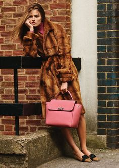 Bally Fall Winter 2015 campaign stars supermodel Edita Vilkeviciute captured by fashion photographer Alasdair McLellan with art direction from Franck Durand Spring Fashion, Winter Fashion, Fashion 2015, Fur Fashion, Fasion, High Fashion, Edita Vilkeviciute, She's A Lady, Vogue