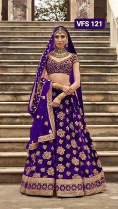 40 ideas for indian bridal wear lehenga desi wedding Indian Wedding Gowns, Indian Bridal Outfits, Indian Bridal Fashion, Indian Bridal Wear, Indian Gowns, Indian Designer Outfits, Indian Attire, Indian Weddings, Indian Lehenga